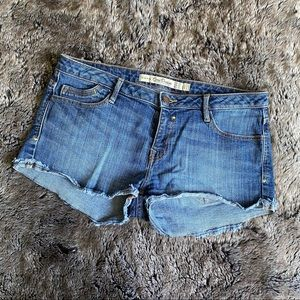 Zara • denim shorts • size 6